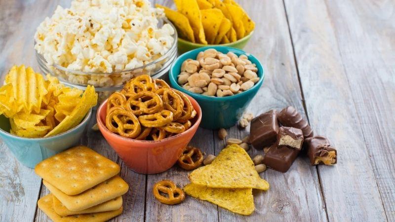 Nhiều thực phẩm làm gia tăng tình trạng sâu răng hàm