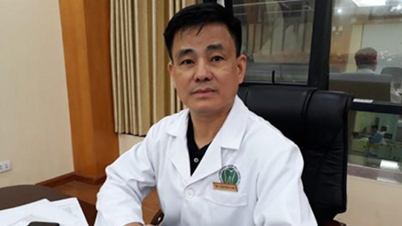 GS - Bác sĩ Trịnh Đình Hải nổi là một nha sĩ có tiếng trong giới răng hàm mặt