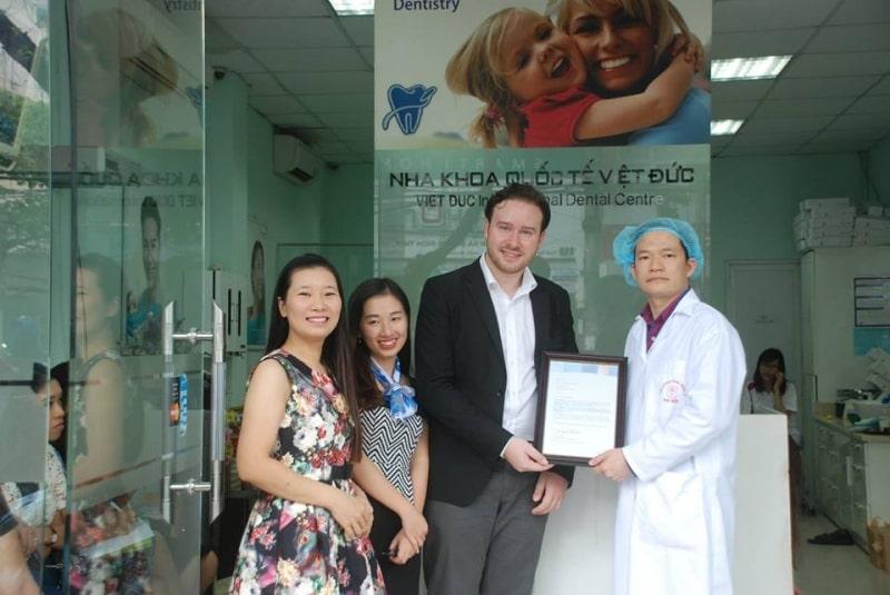 Điều trị tại nha khoa quốc tế Việt Đức