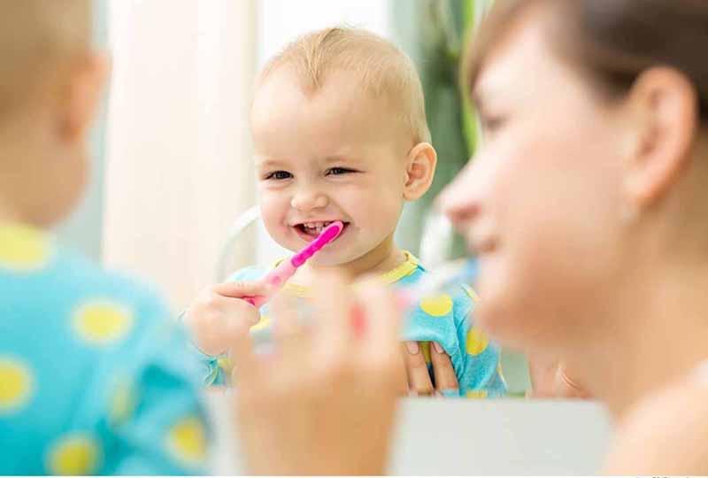 Tạo cho trẻ thói quen chăm sóc răng miệng từ nhỏ