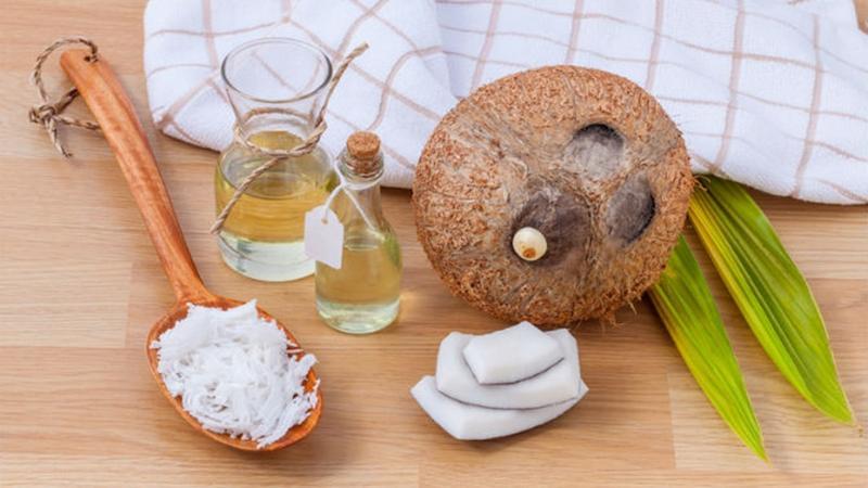 Dầu dừa có rất nhiều công dụng tốt cho sức khỏe con người