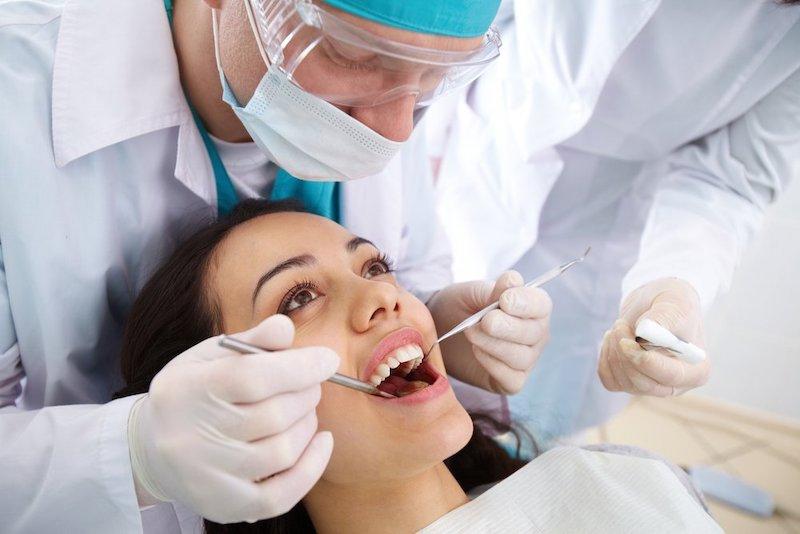 Can thiệp tiểu phẫu để xử lý áp xe răng mang đến hiệu quả nhanh chóng