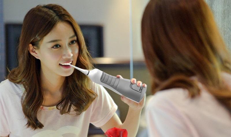 Luôn vệ sinh sạch sẽ răng miệng đúng cách để đảm bảo an toàn