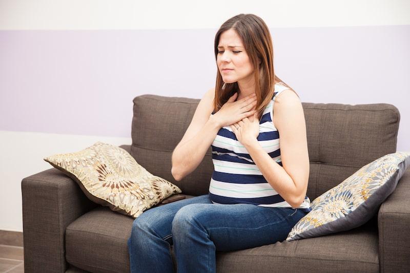 Tưa miệng khi mang thai (hay còn gọi là nấm lưỡi) rất dễ gặp và gây các triệu chứng khó chịu
