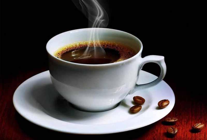 Người bị viêm nha chu nên hạn chế uống cafe
