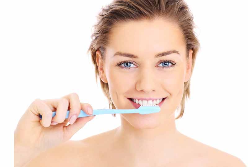 Vệ sinh răng miệng sạch sẽ