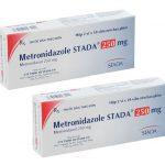Bị sưng nướu răng uống thuốc gì - Metronidazol Stada