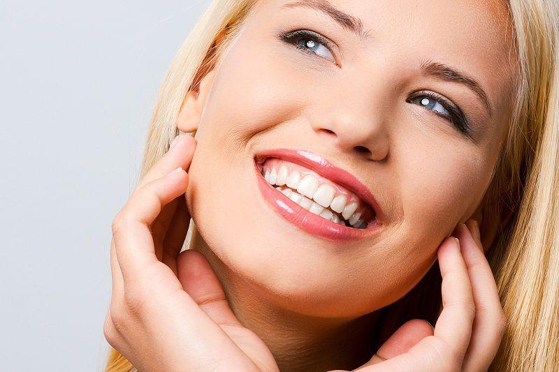 Sau niềng răng bạn sẽ thêm tự tin với nụ cười của mình