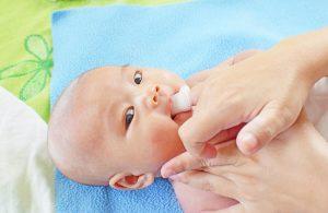 Rơ lưỡi Mintu là gì? Cần lưu ý gì khi rơ lưỡi cho trẻ sơ sinh