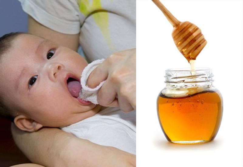 Sử dụng mật ong làm sạch lưỡi và khoang miệng là mẹo được lưu truyền trong dân gian