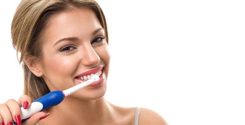 Vệ sinh răng miệng sạch sẽ mỗi ngày