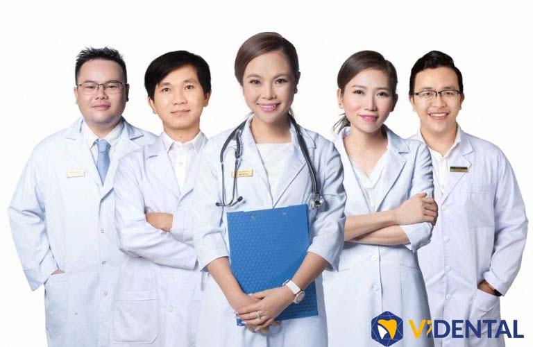 Vidental hội tụ đội ngũ bác sĩ giỏi, chuyên môn cao, nhiều năm kinh nghiệm trong lĩnh vực nha thẩm mỹ