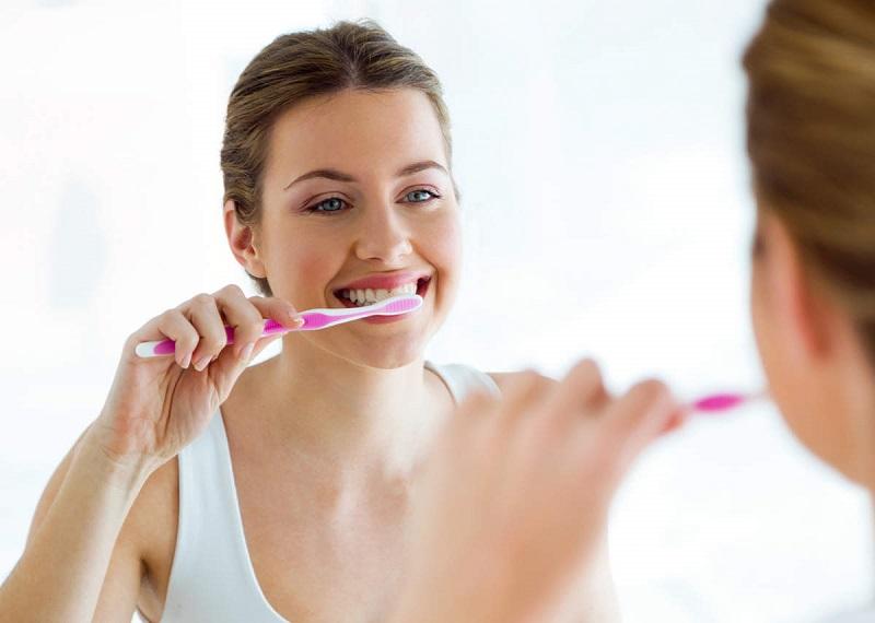 Chăm sóc răng miệng sạch sẽ mỗi ngày là cách bảo vệ sức khỏe răng miệng tốt nhất
