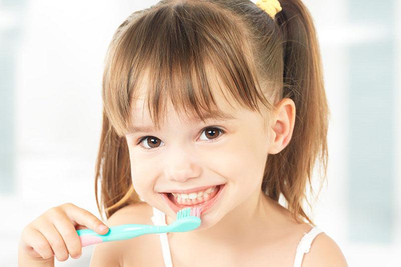Tạo thói quen chăm sóc vệ sinh khoang miệng cho trẻ nhỏ