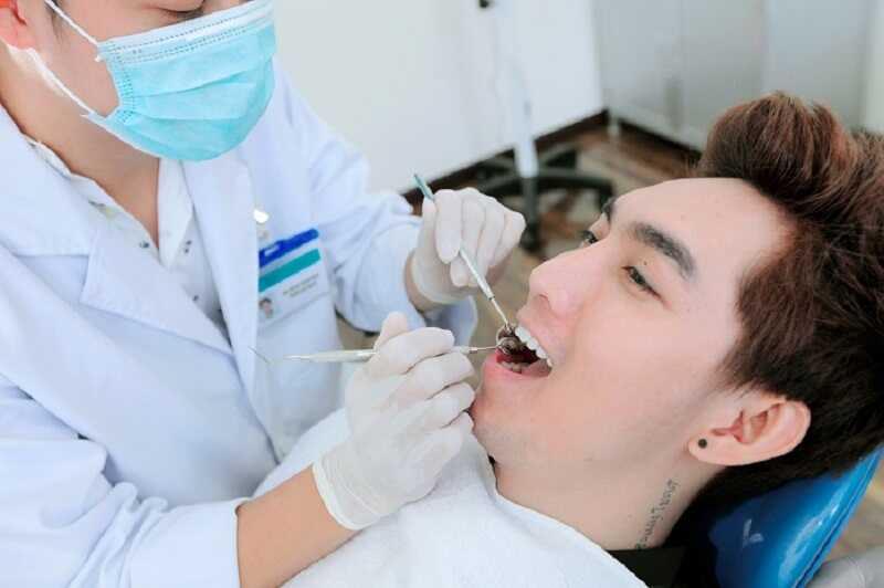 Tái chú ý khám định kỳ để bảo vệ răng sứ